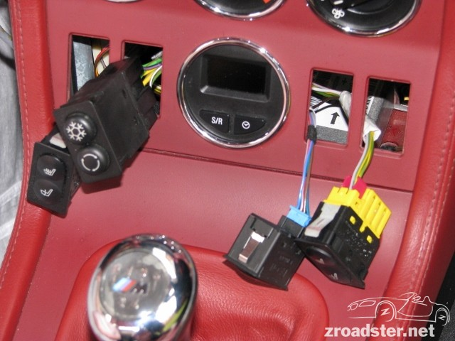 Dashboard removal disassembly zroadster once it was separated from the console and the console was out of the car it was straight forward to remove its plug sciox Choice Image
